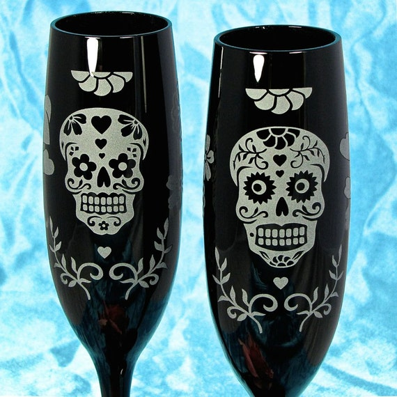 2 Black Day of the Dead Champagne Flutes, Personalized Sugar Skull Calavera Gifts for Coup								<a href=