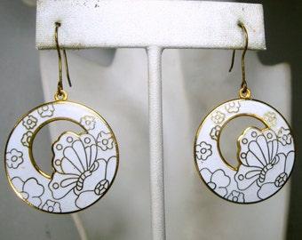White Butterfly Earrings, CLOISONNE Enamel Dangle Earrings, 1980s Circle Butterflies n Flowers Dangles, Mod Summer Feminine
