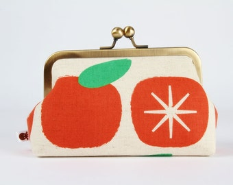 Metal frame clutch bag - Red apples - Bag purse / Ellen Baker/ Charms / Green red