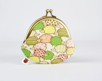 Metal frame coin purse - Little hedgehogs in green yellow and peach - Mummy rounded purse / Kawaii japanese fabric / Stripes and dots / Cute