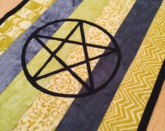Pentagram Table or Ritual Altar Runner Pagan Wicca Magic Pentacle