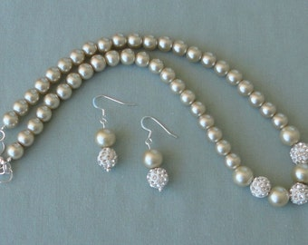 a BRIDESmaid Gift CHAMpagne Pearl Strand, BRIDAL Maid Of Honor, Champagne WEDDing, Champagne Necklace, Pearl Necklace Set By DYEnamite