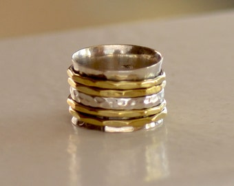 Meditation Ring. Sterling Silver Ring. Spinner Hand Stamped Ring with Gold and Silver Bands. Silversmith. Size: 6.75. Gift For Her