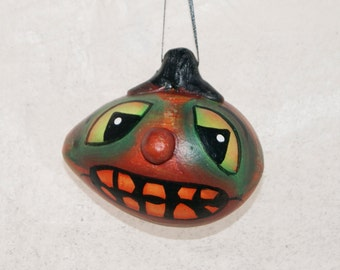 Halloween Gourd Ornament Haunted Halloween Ghoul, Egg  Gourd Ornament (236)