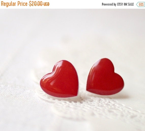 Red Heart earrings - Heart jewelry - Valentine's jewelry - Valentine's Day gift - For her (E014)