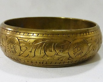 Vintage solid brass bangle bracelet fashion jewelry made in india