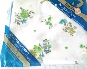 Twin Flat Sheet Danville Blue Flowers Vintage