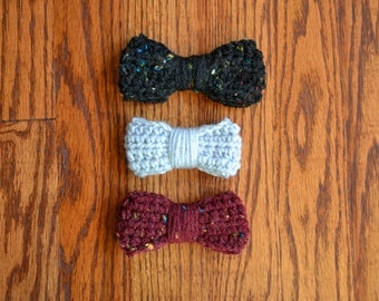 set of 3 crochet hair bows: speckled black, misty grey, speckled maroon