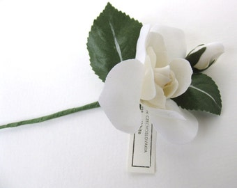 Vintage Millinery Flower White Rose Gardenia Fabric Green Leaf Bud Boutonniere Czech vml0016 (1)