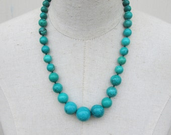 Teal Magnesite Hand Kotted Beaded Graduated Necklace
