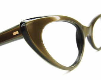 Vintage 50s Olive Cat Eye Eyeglasses Sunglasses Frame Safilo