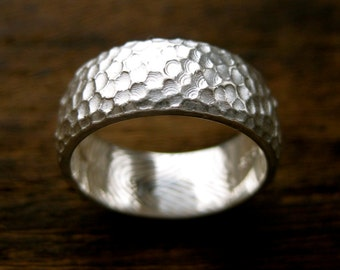 Finger Print Wedding Band in Sterling Silver with Text Engraving and Hammered Glossy Finish Size 6