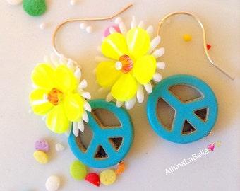 Peace Earrings, Flower Earrings, Flower Power, Daisy Earrings, Boho Jewelry, Music Festival Jewelry, Coachella Jewelry, Modern Hippy Jewelry