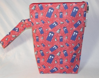 PREORDER TARDIS Attack Red Knitting Valet - Premium Fabric
