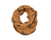 Tribal Arrow Infinity Scarf - Hand Printed Sweatshirt Fleece Circle Scarf in Rust Brown and Black Q
