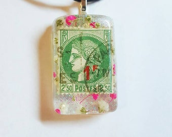 Stamp Real Flowers Necklace Bohemian Jewelry Glitter Nature Resin Pendant France French Postage Babies Breath Vintage  White Pink Green