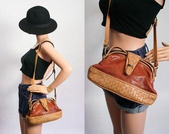 90s Crossbody Bag / 1990s Tiny Bag Purse / Honey Brown Leather / Designer Brio Purse / Shoulder Bag