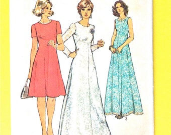 Uncut Simplicity 6094 1970s Dress Evening Gown and Day Dress  front seam interest has back zipper Vintage Sewing Pattern Bust 32.5 inches