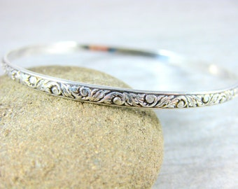 Patterned Sterling Silver Bangle Bracelet, Vine & Leaf Nature Inspired Bracelet, Simple Stacking Bracelet, Minimalist Jewelry, Victorian