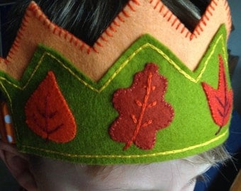 SALE!! Boy or Girl Waldorf Birthday Crown, Forest Autumn Elf or Forest Fairy Crown (with autumn leaves)