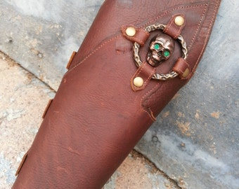 Primitive Oiled Brown Leather Peaked Bracer with Skull & Antiqued Brass Ring