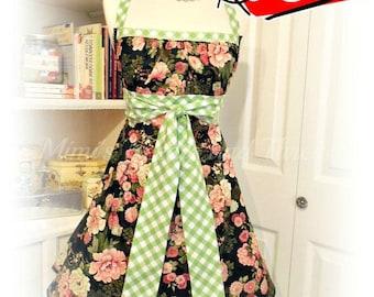 Handmade woman's apron, empire waist, floral, kitchen, baking, Bridal gifts, kitchy, hostess, Jane Austen