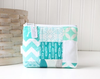 Patchwork Turquoise Blue and White Coin Purse Gift Card Credit Card Holder Blue Zipper Pouch Change Purse