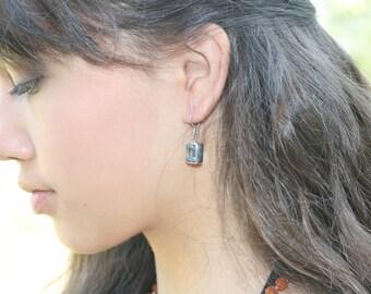 Topaz gemstones Silver Dangle Earrings / Bali handmade jewelry / silver 925 / 1.10 inch long