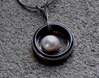 Sterling Silver Onyx Pearl Necklace