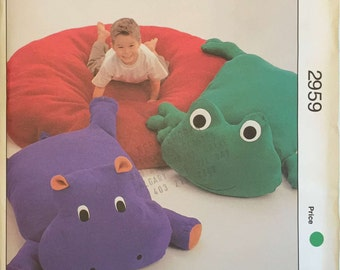 Kwik Sew 2959 Sewing Pattern, Lounge Pillows Frog, Hippo
