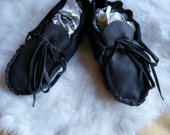 Buckskin Infant Moccasins - Premade Leather Booties