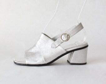 1960s Shoes / Vintage Silver Lamé Slingback Block Heels, size