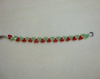 Holiday Bracelet in Green/Red Crystals