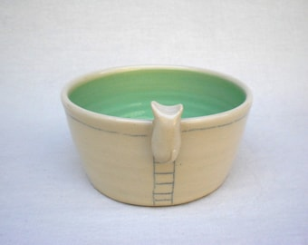 Kitty Straight Bowl - Peppermint Green