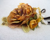 Fall Wedding hair clip, Autumn Golden Mustard Yellow and Brown Flower Hair accessory Woodland Rustic Wedding Brooch Corsage Hair Clip