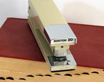 Vintage Stapler Boston 20 Heavy Desk Stapler