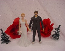 Dr Who Wedding Cake Toppers TV Show - Tenth DR David Tennant 10th Doctor Mr Figurine Groom Mrs Woodland Bride Halloween Weddings Fun Gift -5