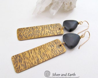 Hammered Brass Earrings Black Onyx Earrings Modern Metal Jewelry Black & Gold Dangle Earrings Geometric Earrings Handmade Everyday Jewelry