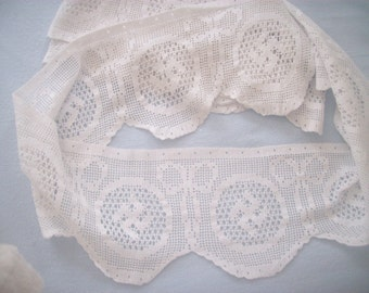 "large hand crochet lace edging 46"" x 46"""