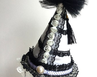 Clown hat - Circus Costume - Ivory circus hat - Burlesque hat - Carnival hat.