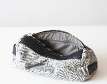 Accessory bag wool and black leather, makeup bag, cosmetic case, baby shower gift, travel zipper case, pouch - Estia Bag