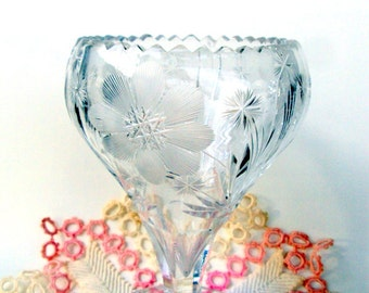 Vintage EAPG Crystal Wheel Cut Floral Vase, 1910s,Imperial Glass?,Wheel Cut Daisies,Snowflakes,Cut Sunbursts,Pedestal Compote,Home Decor