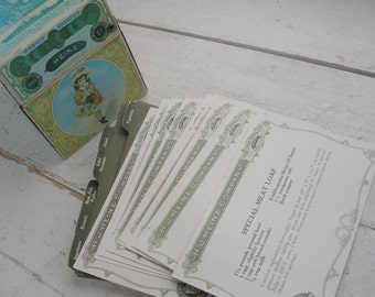 Vintage Heinz Recipe Tin with Dividers and Original Recipe Cards