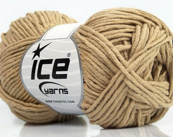 Light Camel Worsted Cotton Acrylic Blend Yarn - Ice Beige Mojito #38039 50gr 98y