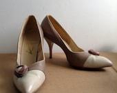 Vintage HOT, 1960's Pinup spike heels.  Stilettos, Rockabilly, Bombshell, Pumps, American Girl high heel shoes, Size 8 B
