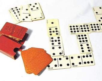 Travel Card Dominoes- The US Playing Card Cincinnati OH- Dominoe Game that Fits In Your Pocket- Play Dominoe Every Where You GO