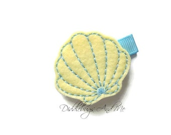 Yellow and Blue Scallop Seashell Hair Clip, Scallop Shell Hair Clip, Girls Seashell Hair Clip, Beach Hair Clip, Toddlers Beach Hair Clip