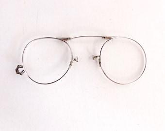 1800's 1900's Pince Nez Eyeglasses Frames Antique White Gold Frames with Engraving Detail 12 K GF #M452