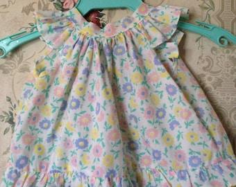 Vintage floral swing top 6-9m