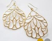 Art Deco Filigree Earrings- Matte Gold Filigree Earrings- Matte Silver Filigree Earrings- Large Pendant Earrings- EGS-F4